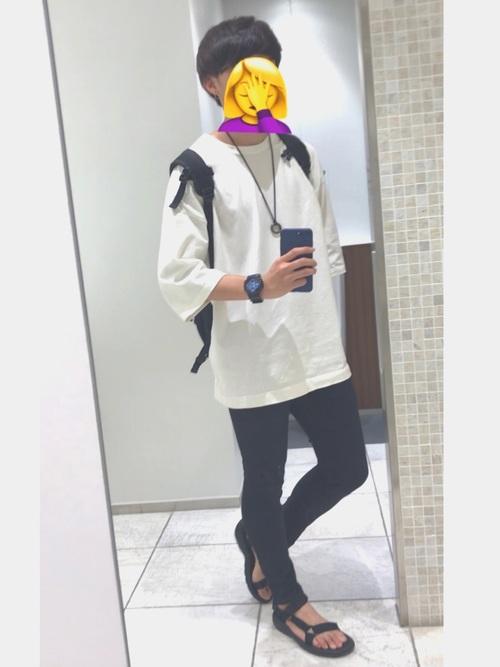 TEVAハリケーンXLT2メンズコーディネート